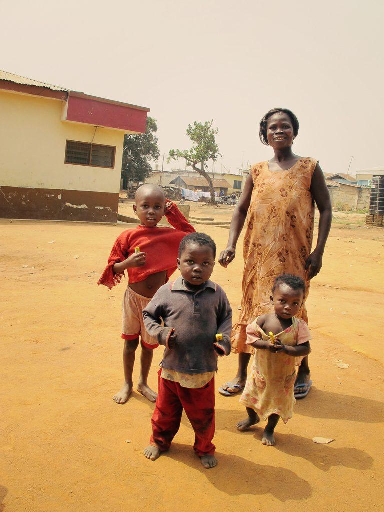 Laura_Cottril_2011_Ghana trip G12 171aSWCgum